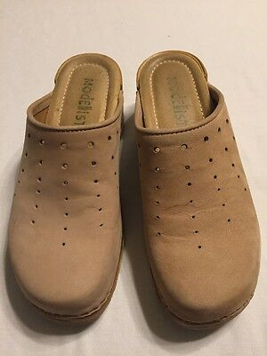 MODELISTA Women's Beige Clogs Shoes Size 5 M