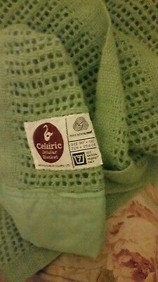 Vintage Celairic  Pure Wool Cellular  Blanket   Double