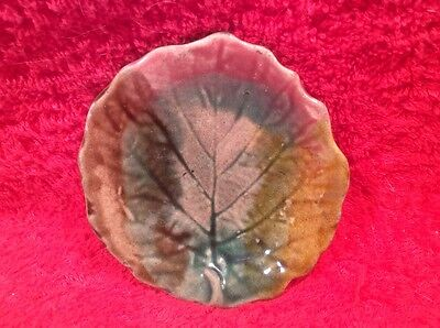 Antique Majolica Leaf Butter Pat, gm846  ANTIQUE GIFT QUALITY!!