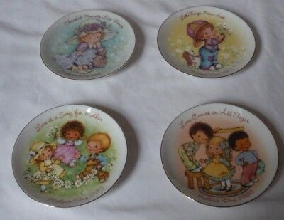 Vintage Mothers Day Plate Avon Set of 4 1980's with Holders 1981 1982 1983 1984