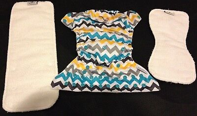 Rumparooz G2 SNAP Charlie Print One Size Diapers with 6-r Soaker-Snap Pocket EUC