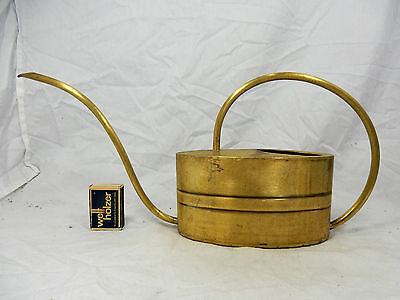 Well shaped handmade 60´s Eugen Zint design watering can / Gießkanne  800 ccm