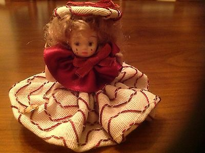 """Vtg. Italian  Porcelain tiny Doll No jointed Hand Painted 3""""Tall"""