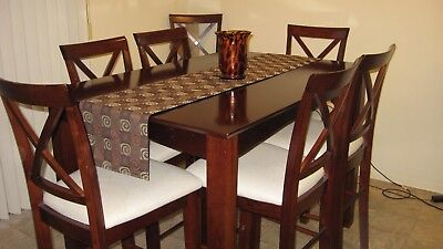7- piece Dinning Room Set, Table w/ 2 leaves, 6 Upholstered Chairs
