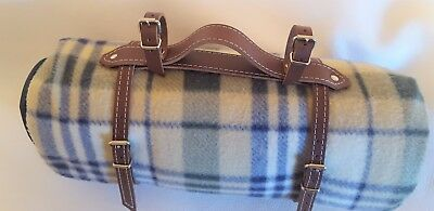 Vintage style bike picnic blanket strap with handle for the brooks saddle
