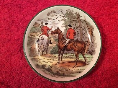 English Equestrian Butter Pat  Riders on Horse Back, em73