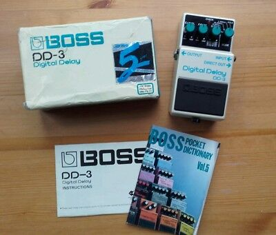 Boss DD3 Japan 1988 Digital Delay guitar effects pedal Vintage MIJ DD2 long chip