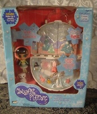 Sugar Planet Candy Case Icee & Kundra Makeup Jewelry  MIB BRATZ 2002