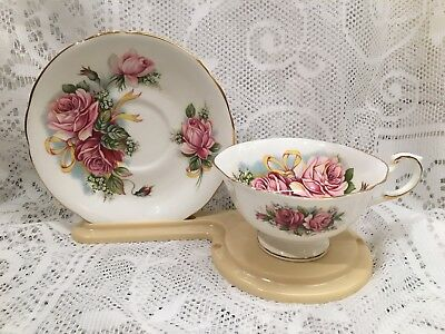 Red/Pink Roses with Yellow Ribbons Royal Standard Tea Cup and Saucer Set (765)