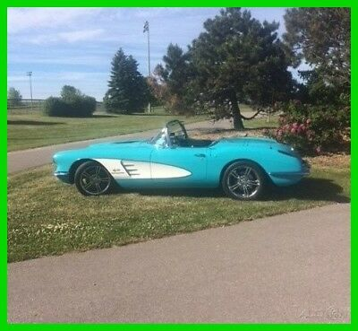 1960 Chevrolet Corvette Restored Hard Top / Soft Top Convertible 1960 Chevrolet Corvette Convertible, LS3 6.2L V8 450hp, 4-Speed Auto Trans, 2-Dr