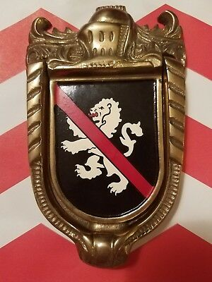 Brass Decorative Door Knocker Large No Lying - Lion Crest English Knight UK  red