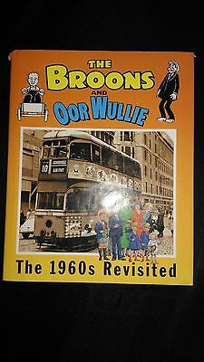 The Broons And Oor Wullie The 1960's Vintage Comic Book 2004