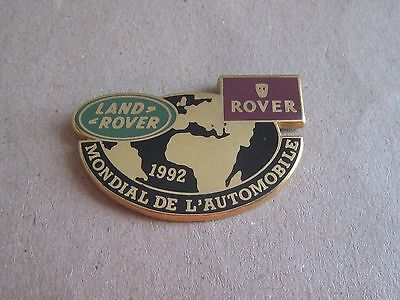 16-01 - LAND ROVER pin - 1992 World car show in France pinback - brooch - pins