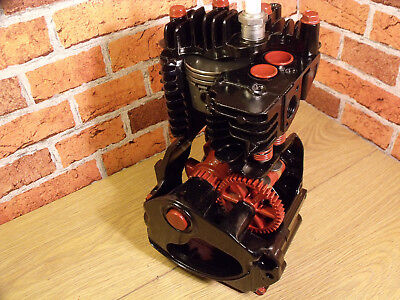 Engine, Sectioned, 4 stroke, Stationary Engine, Teaching aid, Display Engine.