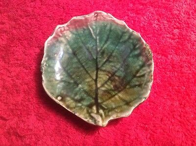 Antique Majolica Leaf Form Butter Pat c.1800's, fm1043