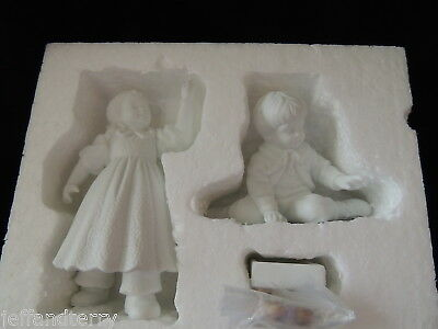 Department 56 - Hanging the Ornaments, set of 3 - Winter Silhouette - 56.77933