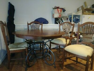 Brittany Dining Table With Chairs, Ethan Allen Discontinued Dining Room Furniture