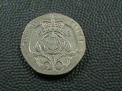 GREAT  BRITAIN    20  Pence    1983  , $ 2.99 maximum shipping in USA  !