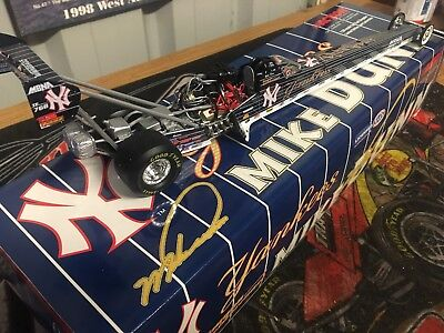 1/24 Nhra Drag 2001 Action Mike Dunn Ny Yankees Top Fuel Dragster