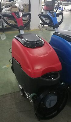AUTOMATIC FLOOR SCRUBBER CLEANER - As new