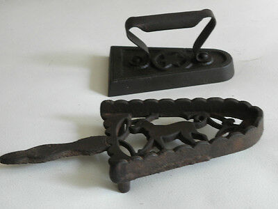 OLD ANTIQUE CAST IRON SAD COLLECTIBLE KITCHEN TOOLS country Farmhouse