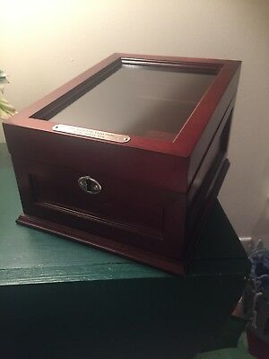 Elegant Wooden Display Case for The Last US Coin Sets of the Silver Era