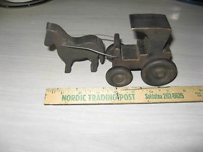 Wooden Amish horse and buggy toy