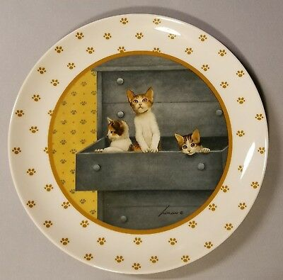 Lowell Herrero Three Cats Kittens Drawer Collector Plate - Made In Japan - 1988