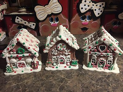 Set Of 3 Clay Dough Candy Gingerbread Houses 2 Light Up With Timer Nutcracker