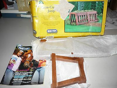 Breyer Cross Country Jump #2015 Traditional UNUSED IN DAMAGED BOX