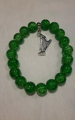 Gorgeous Irish harp charm green 10mm crackle glass beaded bracelet  gift bag