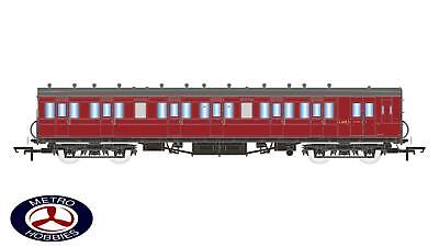 Hornby OO BR 58ft Maunsell Rebuilt (Ex-LSWR 48ft) Six Compartment Lavatory Compo