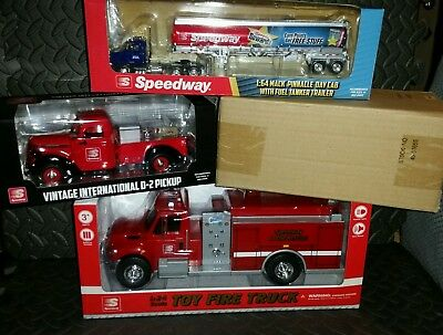 4 Pack Speedway Holiday Toy Truck/ Firetruck Gift Pack 2015(2), 2016 & 2017