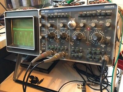 100 MHz Dual Channel Oscilloscope PM 3267 with 2x probes