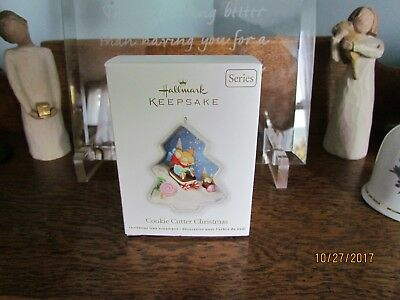 Hallmark Ornament 2012 Cookie Cutter Christmas #1 In Series ❤️