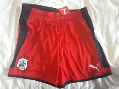 Huddersfield Town 2017/18 Away Football Shorts Puma Red/Black XL Extra Large