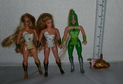Vintage She Ra Princess of Power doll Lot Of 3 W Accessories