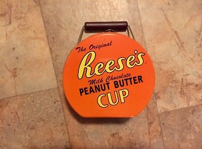 Reese's Peanut Butter Cup With Lockable Latch Collector's Tin With Handle