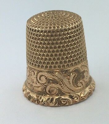 Lady's vintage 14k yellow gold engraved thimble, 2.9 grams
