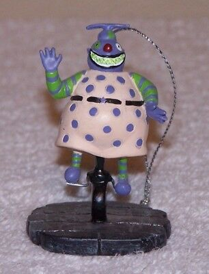 Hawthorne Nightmare Before Christmas  Ornament Clown With the Tear Away Face
