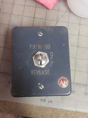 Vintage AH Arrow Hart Forward Reverse On Off Switch Box - NOS