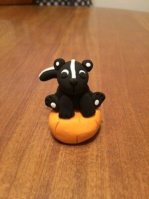 Adorable Skunk On Pumpkin Figurine - Handmade OOAK - Polymer Clay