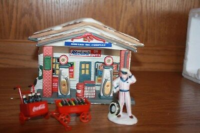 Town Square Collection Coca Cola Howard Oil Christmas Village Pre-Owned