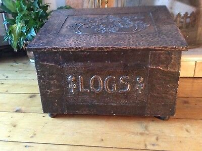 Arts and crafts hammered copper log box
