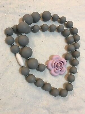 Silicone Breastfeeding Nursing Necklace Mom Chew Teething Flower Rose Play Gray