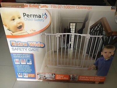 Perma Child Safety Gate - Extra Wide