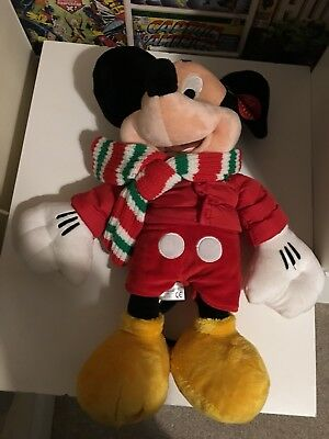 Disney Store Large Mickey Mouse And Minnie Mouse Christmas Plush Soft Toys