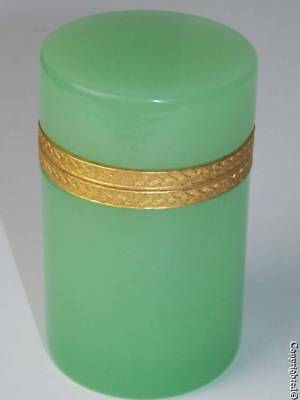 Fine Antique Green Opaline Glass Ormolu Mounted Hinged Round Casket Box