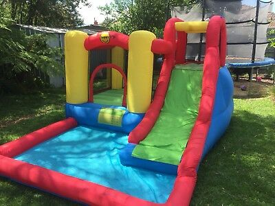 Happy Hop wet & dry jumping castle