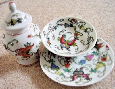 Chinese Butterfly porcelain set:dish,bowl-cup, vase,set of 3 pieces,hand painted
